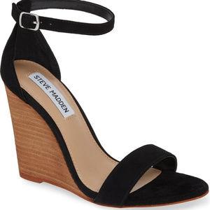 STEVE MADDEN Black Suede Wedge Sandals